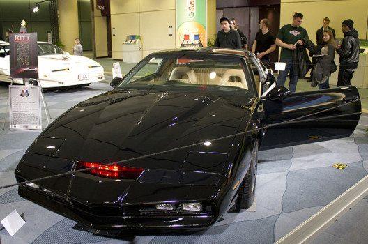 """Der legendäre KITT aus der Fernsehserie """"Knight Rider"""" (Bild: Tabercil, Wikimedia, CC)"""