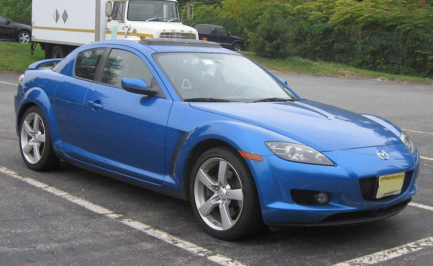 Mazda RX-8 (Bild: IFCAR, Wikimedia)