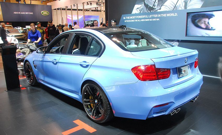 Der neue BMW M3 – Heckansicht (Bild: Lord of the Wings, Wikimedia, CC)