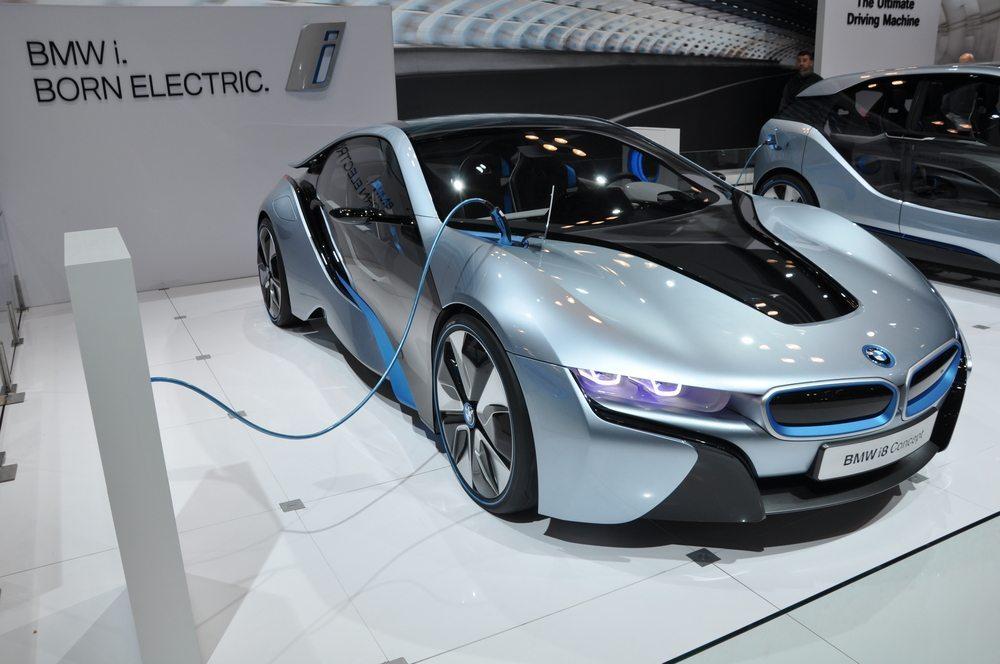 BMW i8 - Elektro Motor. (Bild: Ritu Manoj Jethani / Shutterstock.com)