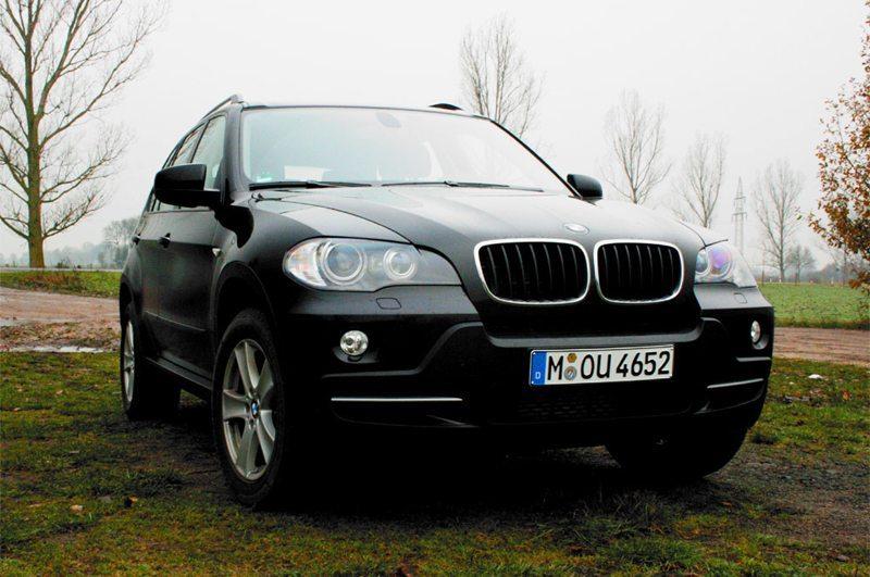 BMW X5 (Bild: Kamillo Kluth, Wikimedia, CC)