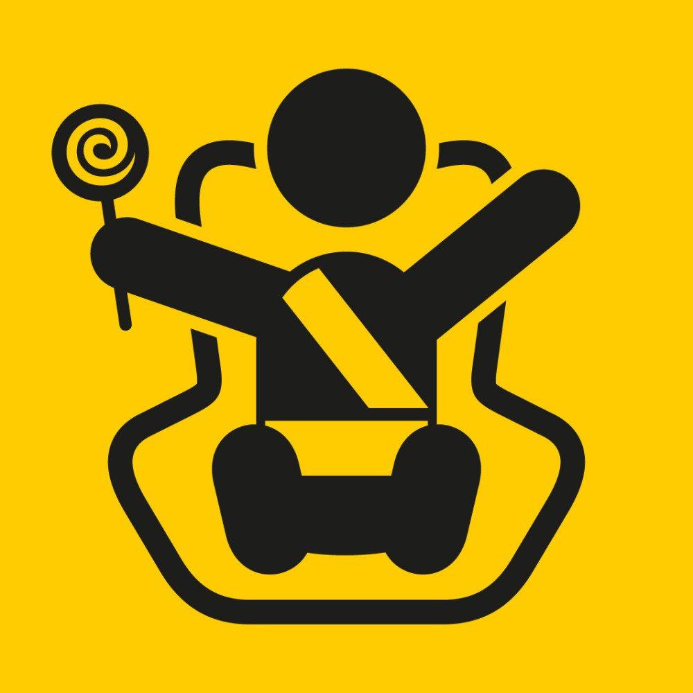 Besonders bei mitfahrenden Kindern sind gelegentliche Flecken von Getränken oder Speisen auf den Autopolstern unumgänglich. (Bild: Jamesbin / Shutterstock.com)
