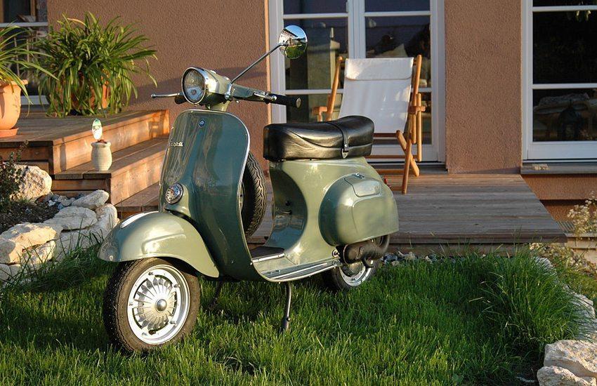 Vespa 125 Primavera ET3 (Bild: vespaforum.at, Wikimedia, CC)