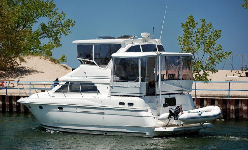 Schlauchboote sind sehr stabil und schnell. (Bild: Maria Dryfhout / Shutterstock.com)