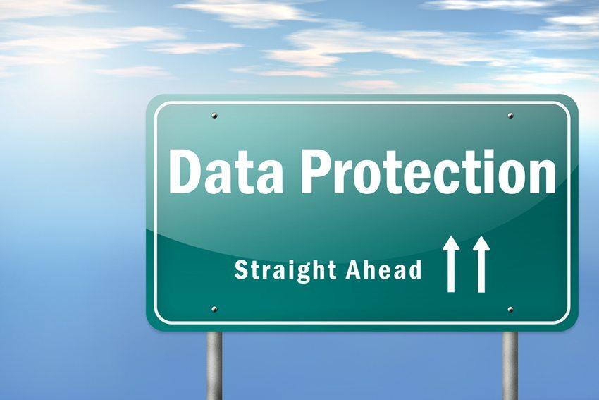 Wie verhält es sich im Fahrzeug mit dem Datenschutz? (Bild: mindscanner / Shutterstock.com)