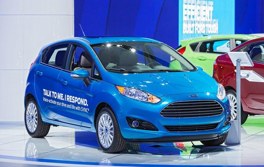 Ford C-Max mit SYNC-Technologie auf Auto Show in Detroit im Januar 2014 (Bild: Darren Brode / Shutterstock.com)