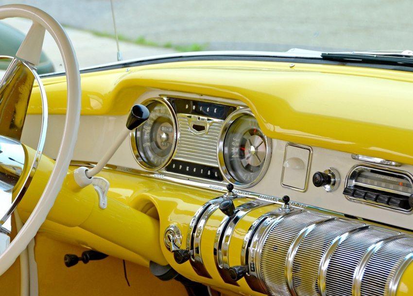 Echte Oldtimer sollen ihren möglichst unverbastelten Originalzustand bewahren. (Bild: SF photo / Shutterstock.com)