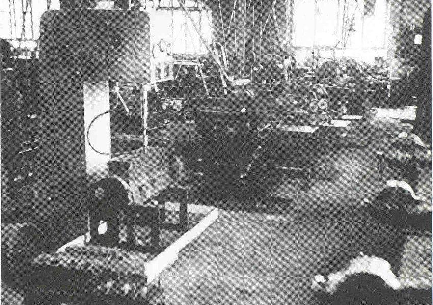 Honmaschine für Motorblock aus dem Jahr 1935 (Bild: InfoAktuell, Wikimedia, CC)