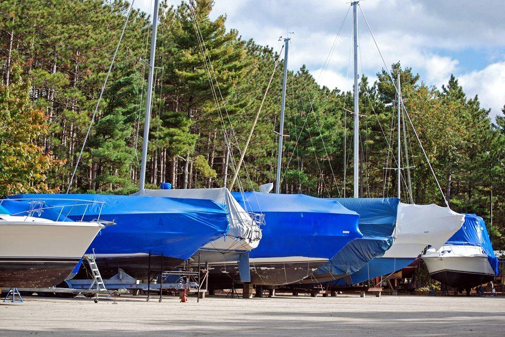 Lieben Sie Ihr Boot, dann gönnen Sie ihm jedoch einen massgeschneiderten Canvas-Anzug. (Bild: Maria Dryfhout / Shutterstock.com)