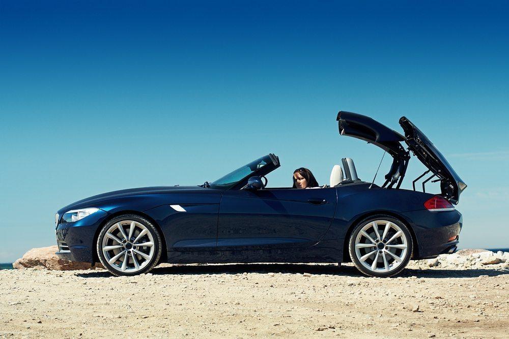 Cabrio - Fahren Sie auch geschlossen. (Bild: Maksim Toome / Shutterstock.com)