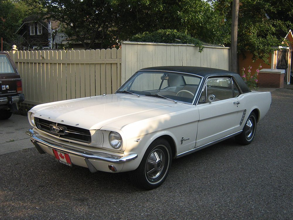 Ford Mustang 1964. (Bild: dave_7 / wikipedia.org)