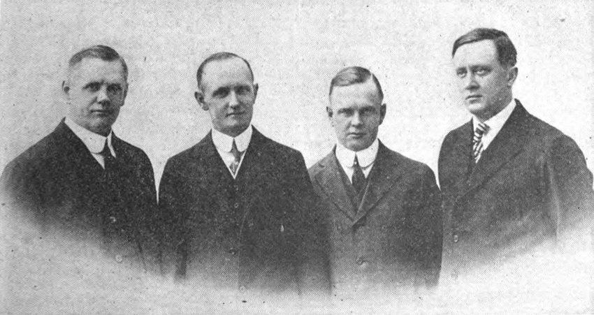 Gründer von Harley-Davidson: Wm. A. Davidson, Walter Davidson, Arthur Davidson, William S. Harley, (Bild: Luke Grant, Wikimedia)