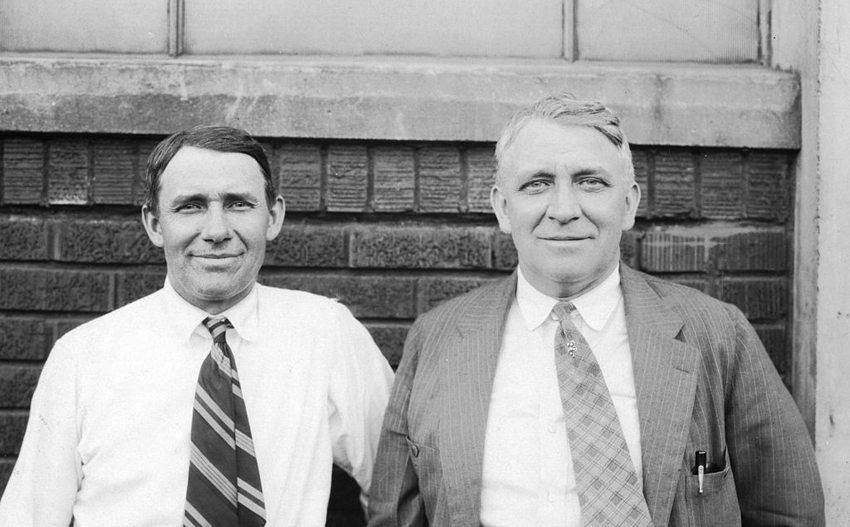 Augie and Fred Duesenberg (Bild: Wikimedia)