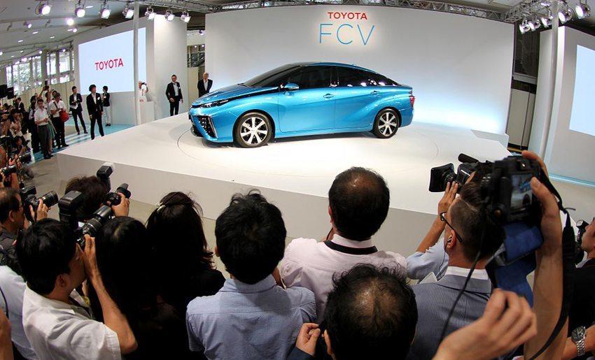 Präsentation von Toyota FCV am 25. Juni 2014 in Tokio (Bild: Bertel Schmitt, Wikimedia, CC)