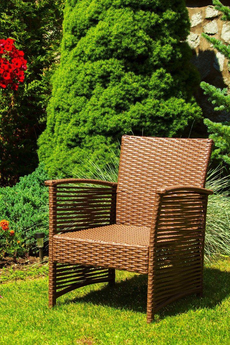 Rattanmöbel sind für den Garten ideal geeignet. (Bild: © Filip Šimalčík - Fotolia.com)