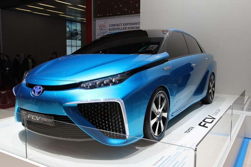 Toyota FCV – Genfer Autosalon 2014 (Bild: Zavatskiy Aleksandr / Shutterstock.com)