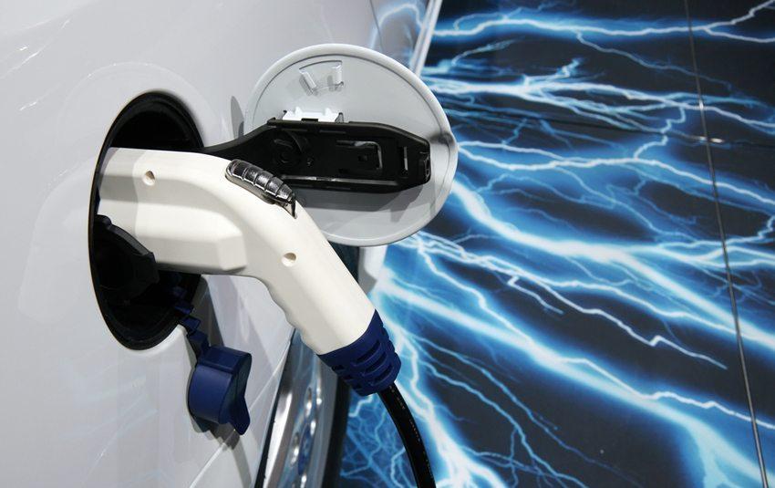 Nahansicht von SAAB 9-3 ePower (Bild: Olga Besnard / Shutterstock.com)