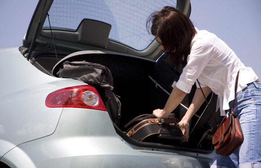 Die Beladung des Fahrzeugs soll nach Gewicht sortiert werden. (Bild: Sergiy Zavgorodny / Shutterstock.com)