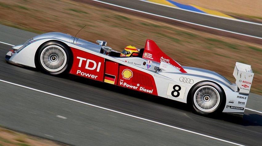 """Der Audi R10 war 2006 der erste Rennwagen in der Geschichte der """"24 Stunden von Le Mans"""", der den Gesamtsieg mit einem Dieselmotor errang. (Bild: Fabrice Pluchet, Wikimedia, GNU)"""