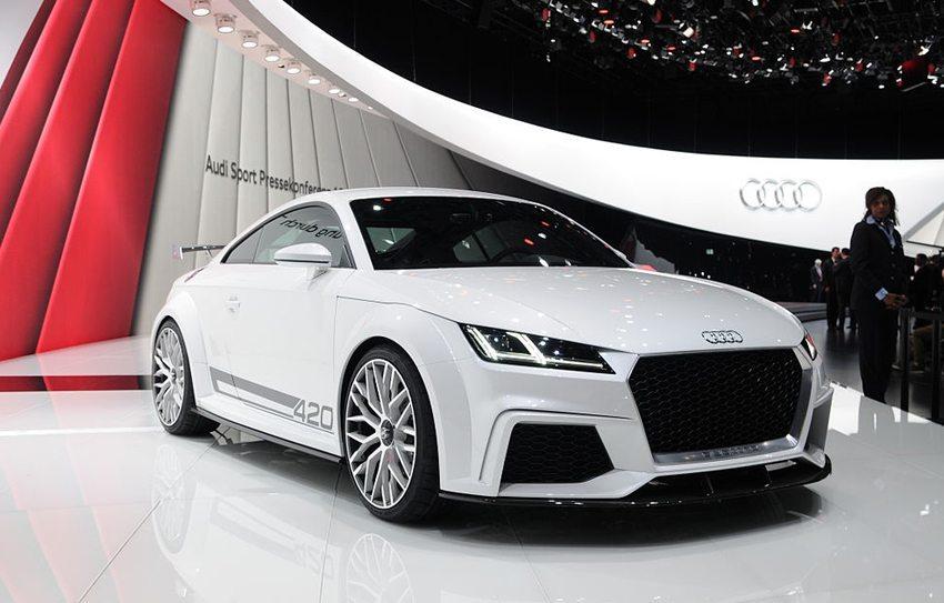 Neue Ausgabe des Audi TT präsentiert auf dem Genfer Autosalon 2014 (Bild: Norbert Aepli, Wikimedia, CC)