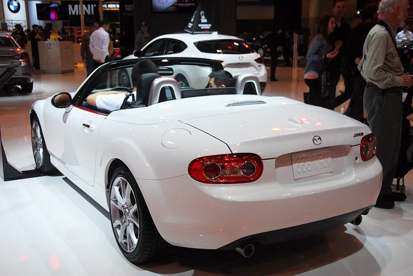 Der neue Mazda MX-5 – Heckansicht (Bild: Lord of the Wings, Wikimedia, CC)