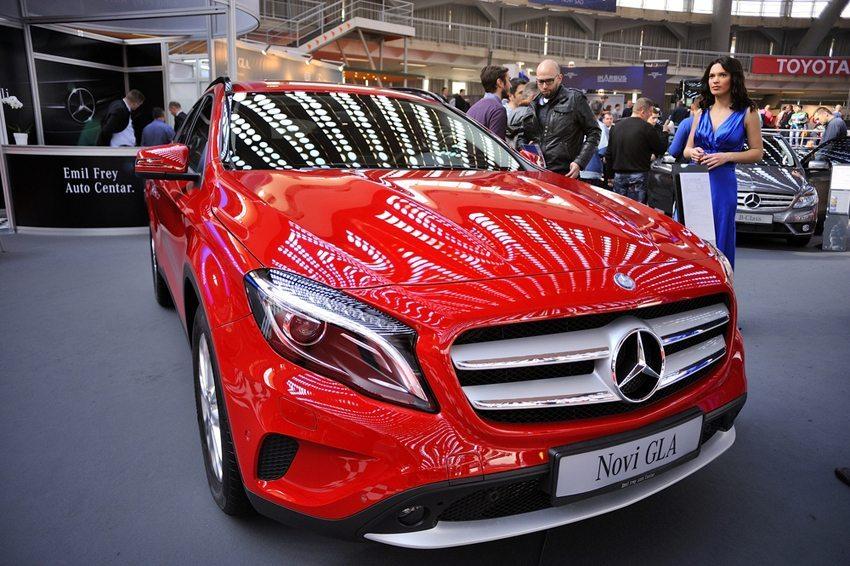 Mercedes GLA – aussergewöhnliches Design mit vertrautem Innenraum. (Bild: ToskanaINC / Shutterstock.com)