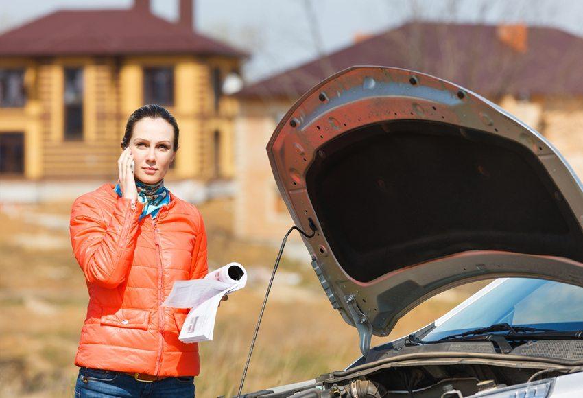 Eine Sachmangelhaftung wirkt bei jeder Abweichung der Beschaffenheit des Fahrzeuges von der vertraglichen Vereinbarung (Bild: Jenoche / Shutterstock.com)