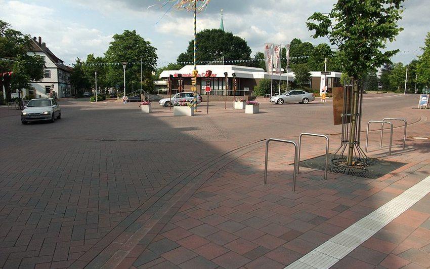 Shared-Space-Kreisel in Bohmte, Niedersachsen (Bild: Wikimedia, CC)