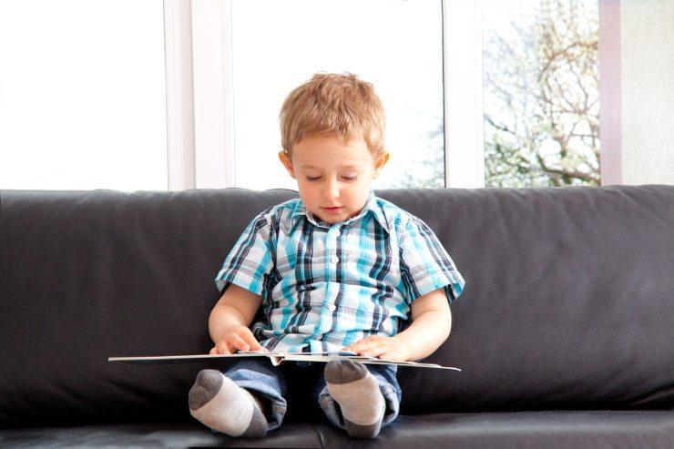 Polstermöbel sind auch bei den Kleinen beliebt. (Bild: © wildworx - fotolia.com)