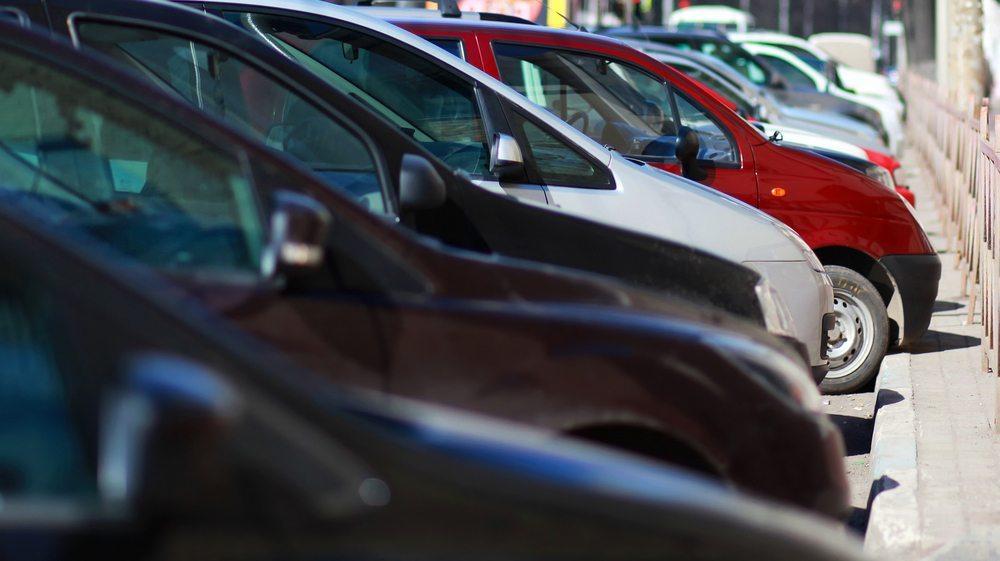 Richtiges Parkieren will gelernt sein. (Bild: © Guas - shutterstock.com)