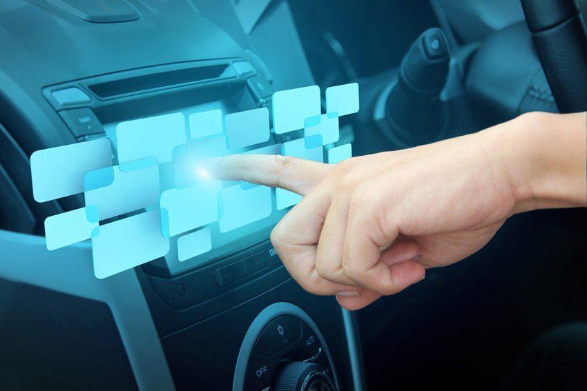 Die digitale Vollvernetzung der Autos ist nicht mehr aufzuhalten. (Bild: My Life Graphic / Shutterstock.com)