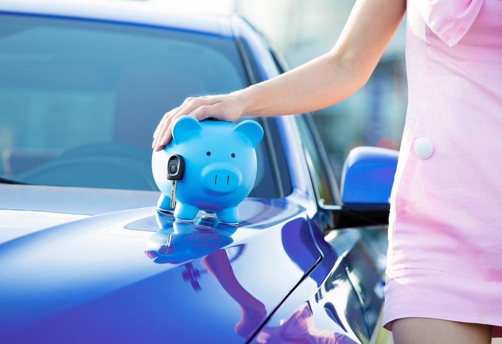 Wohneigentum löst in der KFZ-Versicherung bei manchen Assekuranzen den Rabatt für Garage oder Carport ab. (Bild: PathDoc / Shutterstock.com)
