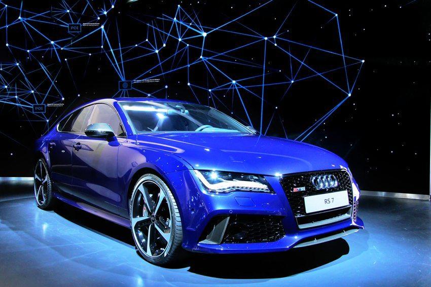 Audi RS7 im VW-Museum in Ingolstadt (Bild: Art Konovalov / Shutterstock.com)