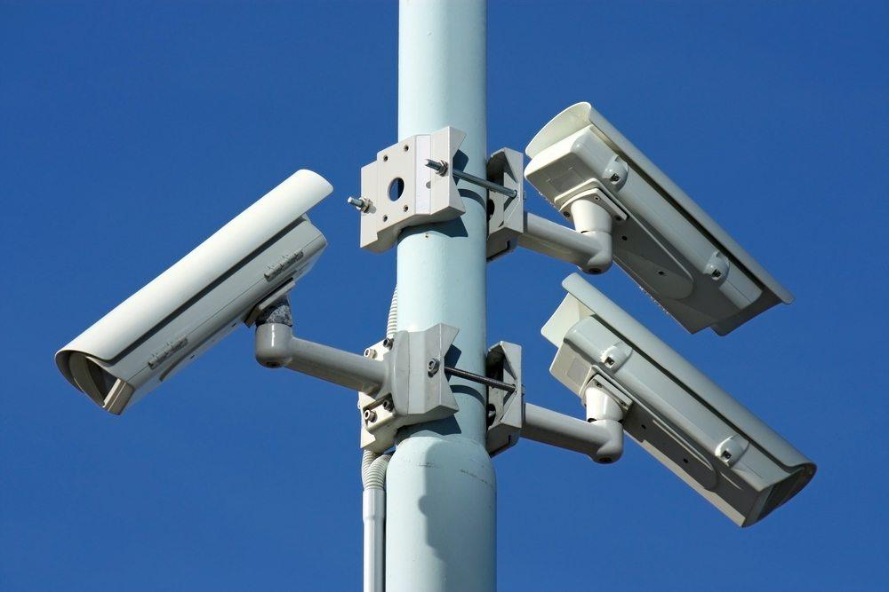 Privatpersonen dürfen im öffentlichen Raum keine Videoüberwachung betreiben. (Bild: © Kodda - shutterstock.com)