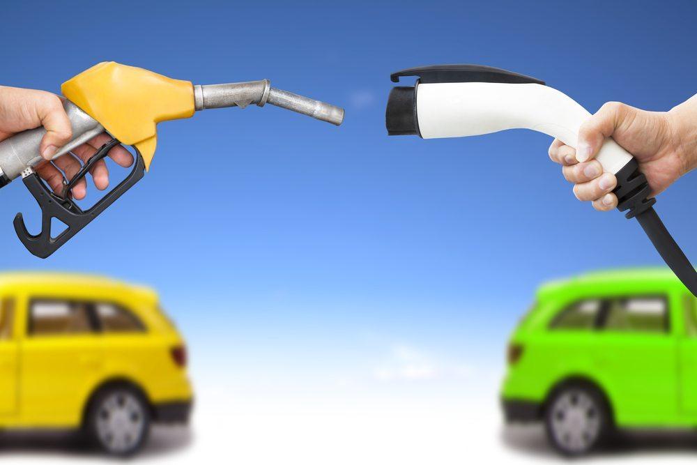 Die mobile Zukunft des Elektroautos hat längst begonnen und findet immer neue Antriebskonzepte. ( Bild: Tom Wang / Shutterstock.com)