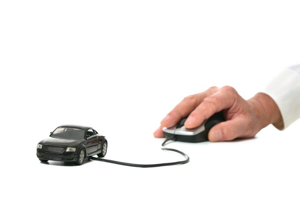 Lassen sich satte 560 PS wirklich nur via Computer steuern? (Bild: © Ruslan Guzov - shutterstock.com)