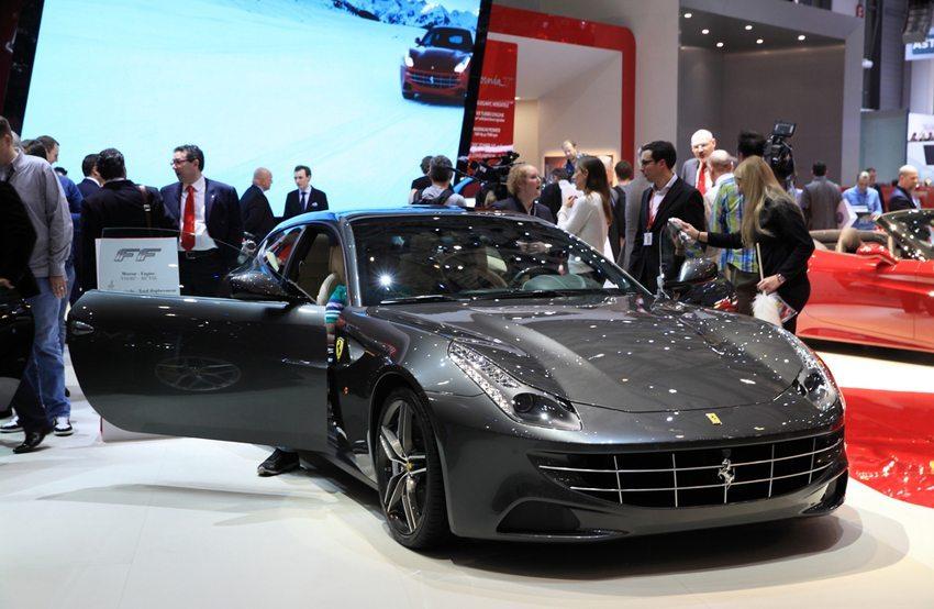 Ferrari FF präsentiert auf dem Genfer Autosalon 2014 (Bild: Dong liu / Shutterstock.com)
