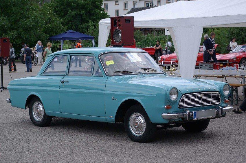 Bezeichnungen wie Ford Taunus klangen in den 1960er Jahren noch robust und solide. (Bild: © Berthold Werner - wiki.org)