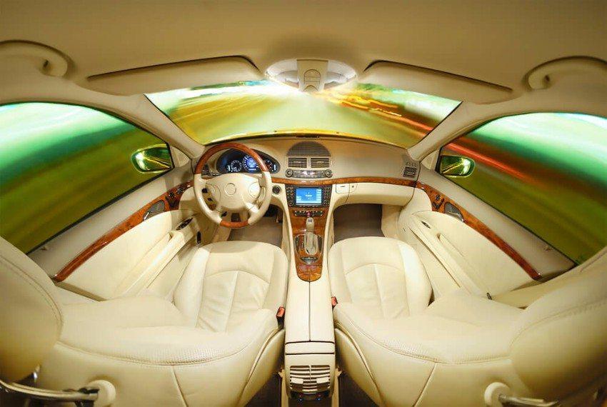 Es ist aktuell eines der ganz grossen Themen in der Autobranche: das autonome Fahren. (Bild: © IM_photo - shutterstock.com)