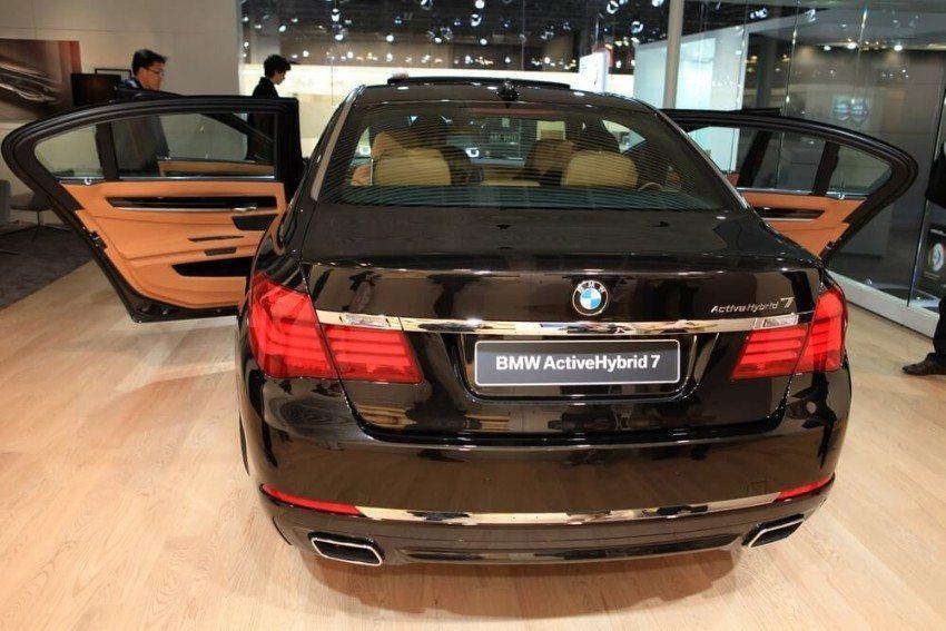Ab 2016 wird der BMW 740e die neue 7er-Reihe als umwelt- und klimafreundlicherer Teilzeithybrid ergänzen.  (Bild: © Stefan Ataman - shutterstock.com)