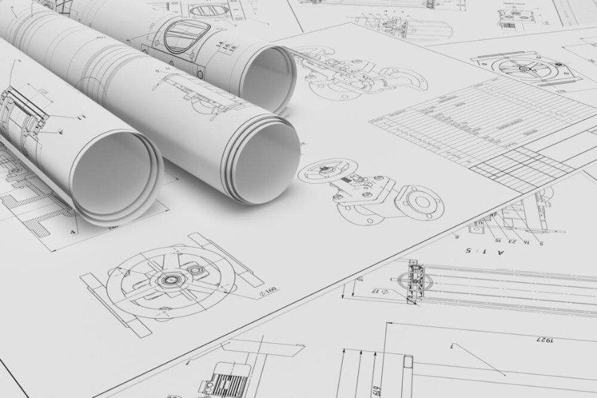 Fahrzeugschlosser müssen in der Lage sein, technische Zeichnungen zu verstehen. (Bild: © Gearstd - shutterstock.com)