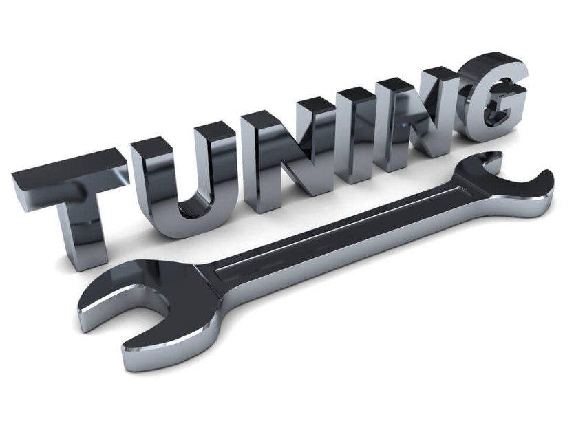 Der Tuning-Bereich birgt viele berufliche Herausforderungen für den Automechaniker. (Bild: © Mmaxer - shutterstock.com)