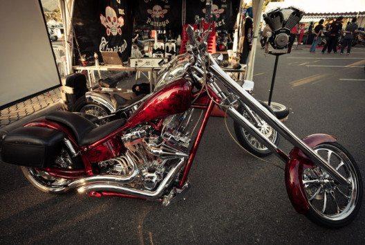 Besonders beliebt und immer ein Blickfang sind Custom Bikes. (Bild: Ataka – shutterstock.com)