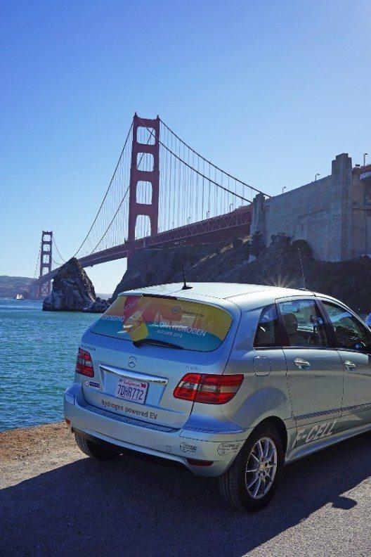 Mit ihren B-Klassen F-CELL fuhren Mercedes-Benz-Kunden letzte Woche das erste Mal von Süd- nach Nordkalifornien.