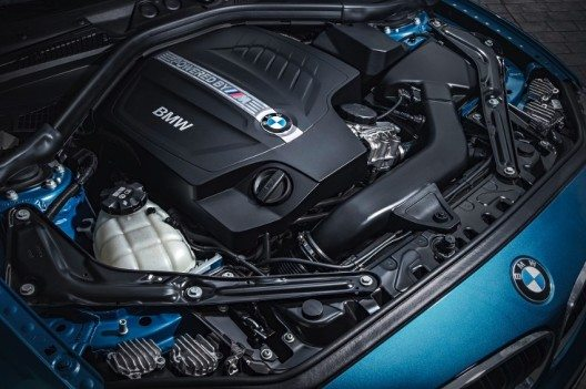 Der neu entwickelte Dreiliter-Reihen-Sechszylinder im neuen BMW M2 leistet mit modernster M TwinPower Turbo Technologie 272 kW/370 PS bei 6.500 min-1