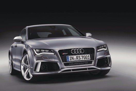 Die beiden RS-Hochleistungsmodelle sprinten wie Supersportwagen in nur 3,7 Sekunden von 0 auf 100 km/h.
