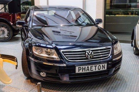 Der Volkswagen Phaeton verkörpert seit der ersten Generation die technologische Kompetenz und den Markenanspruch von Volkswagen. (Bild: © Dmitry Eagle Orlov - shutterstock.com)