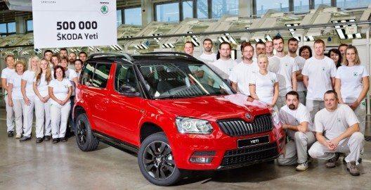 Erfolgreiches Kompakt-SUV: 500.000 ŠKODA Yeti in Kvasiny produziert. Jubiläumsfahrzeug ist ein ŠKODA Yeti Monte Carlo in der Farbe Corrida-Rot.