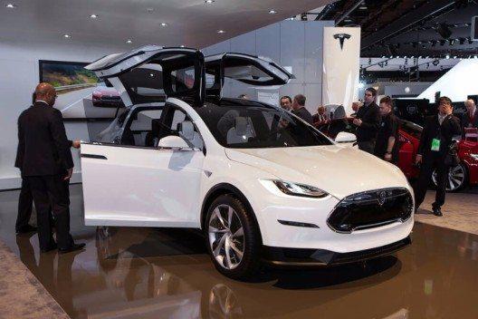 """Model X"" der erste SUV des E-Auto-Hersteller Tesla Motors (Bild: © Darren Brode - shutterstock.com)"