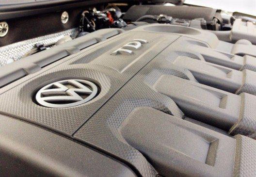 Ein vollständiger Umstieg bei Diesel-Aggregaten auf die SCR- und AdBlue-Technologie zum frühestmöglichen Zeitpunkt wurde beschlossen. (Bild: © simone mescolini - shutterstock.com)